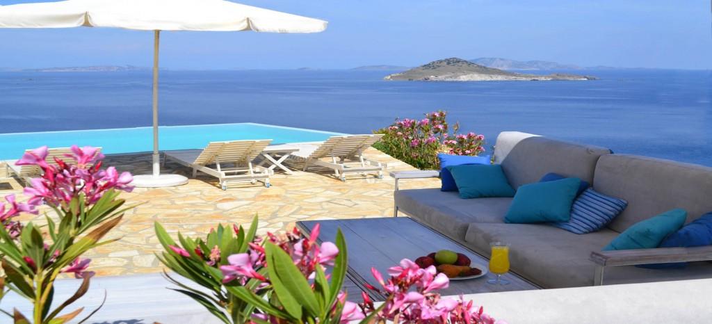 swimming-pool-lounge